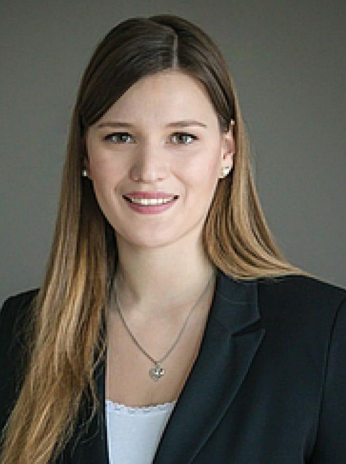 Christina Döring, Ansprechpartnerin für Personal und Karriere